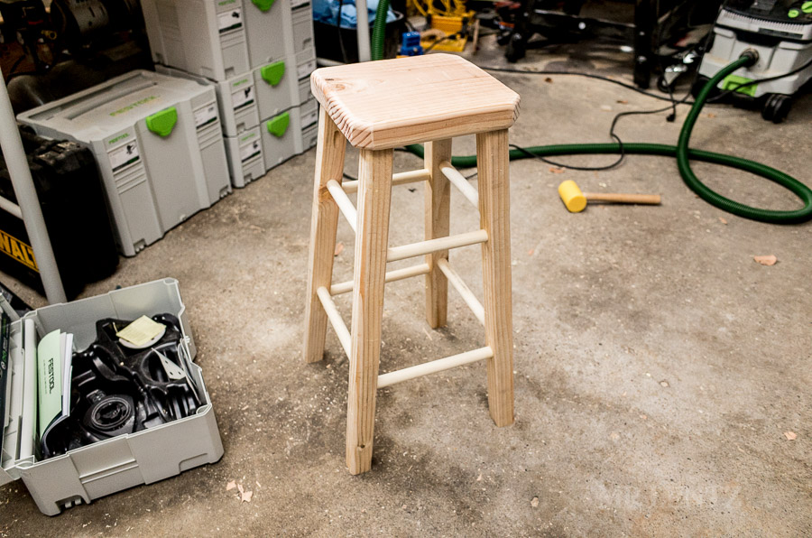 wood-stool-diy-ho-to-make-bar-stool-tutorial_0129
